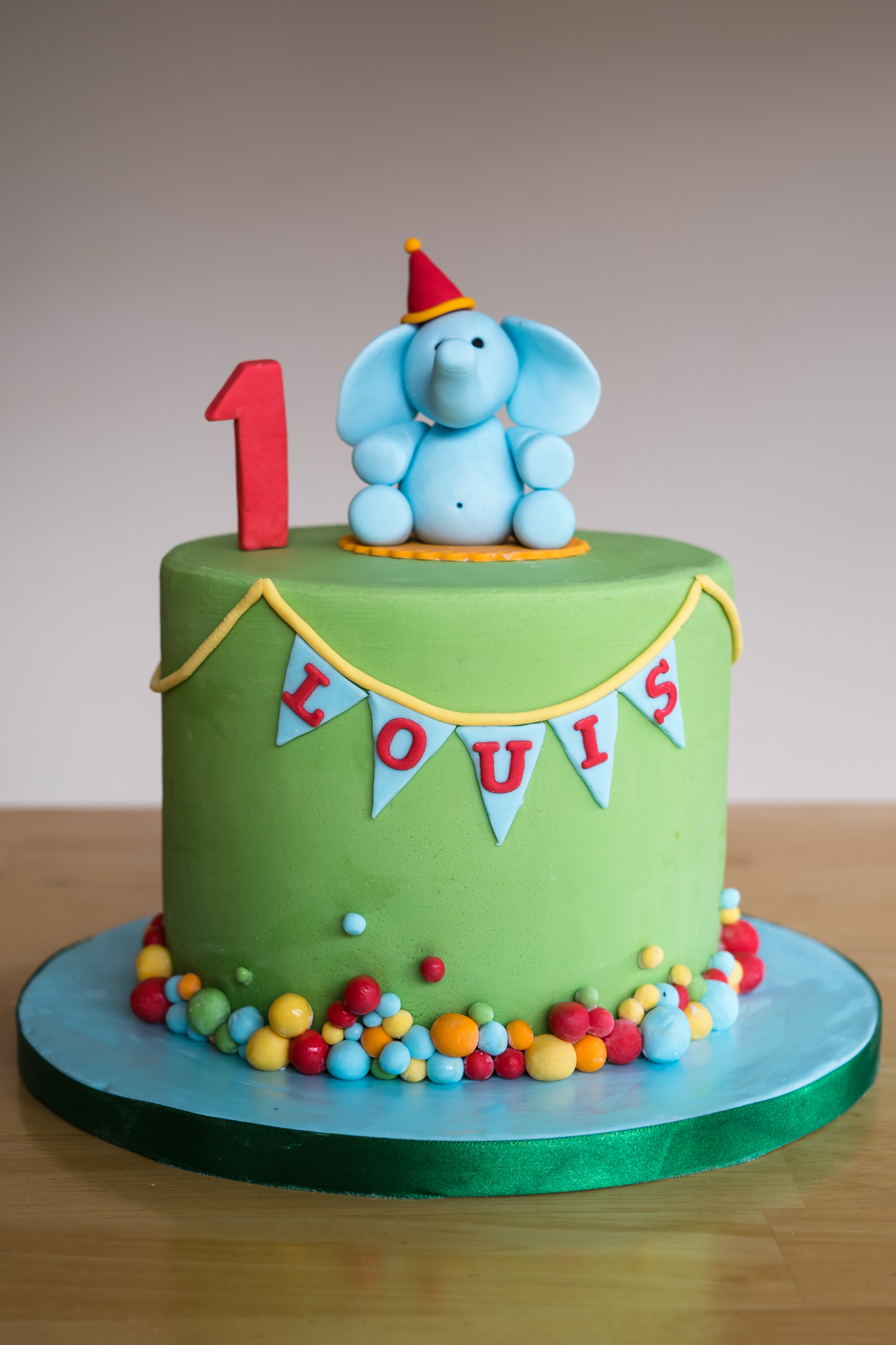cute-elephant-childs-birthday-cake