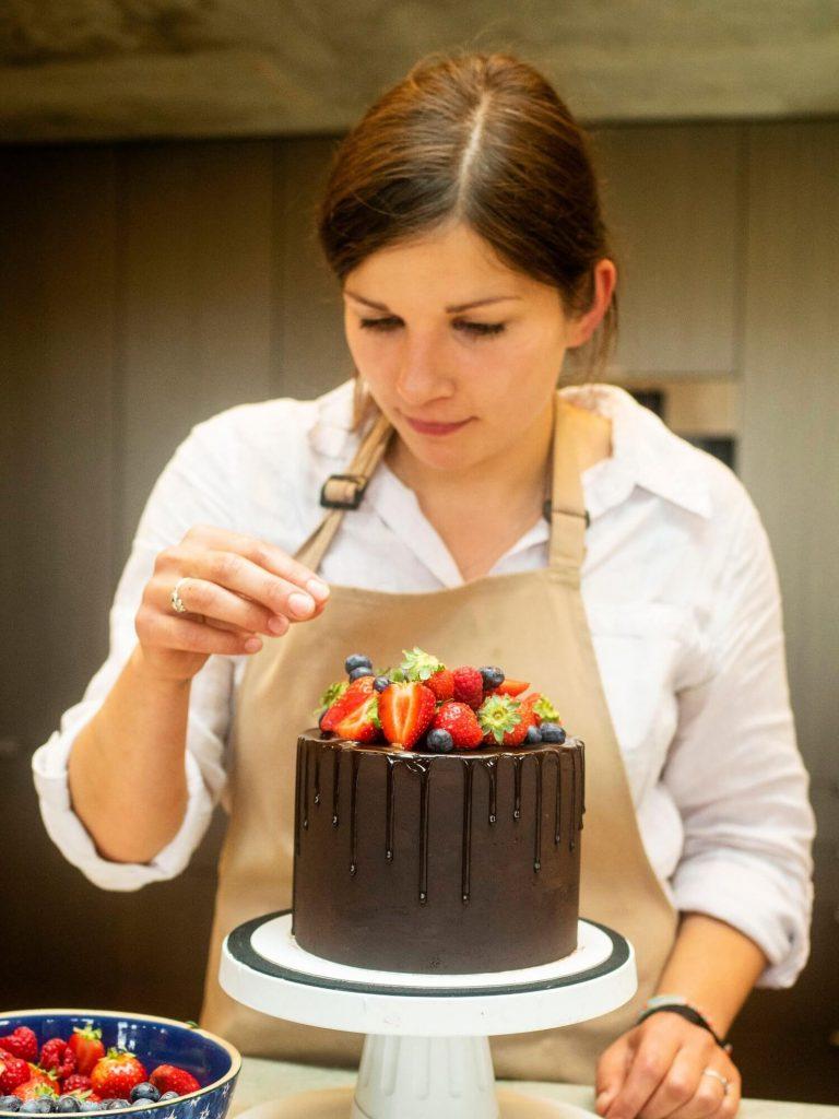 Gabi the master wedding cake designer