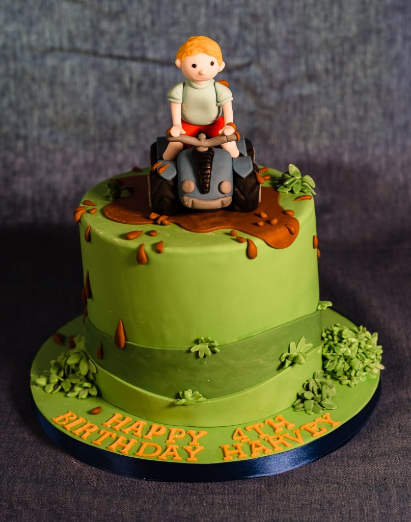 Quad bike and muddy day birthday cake