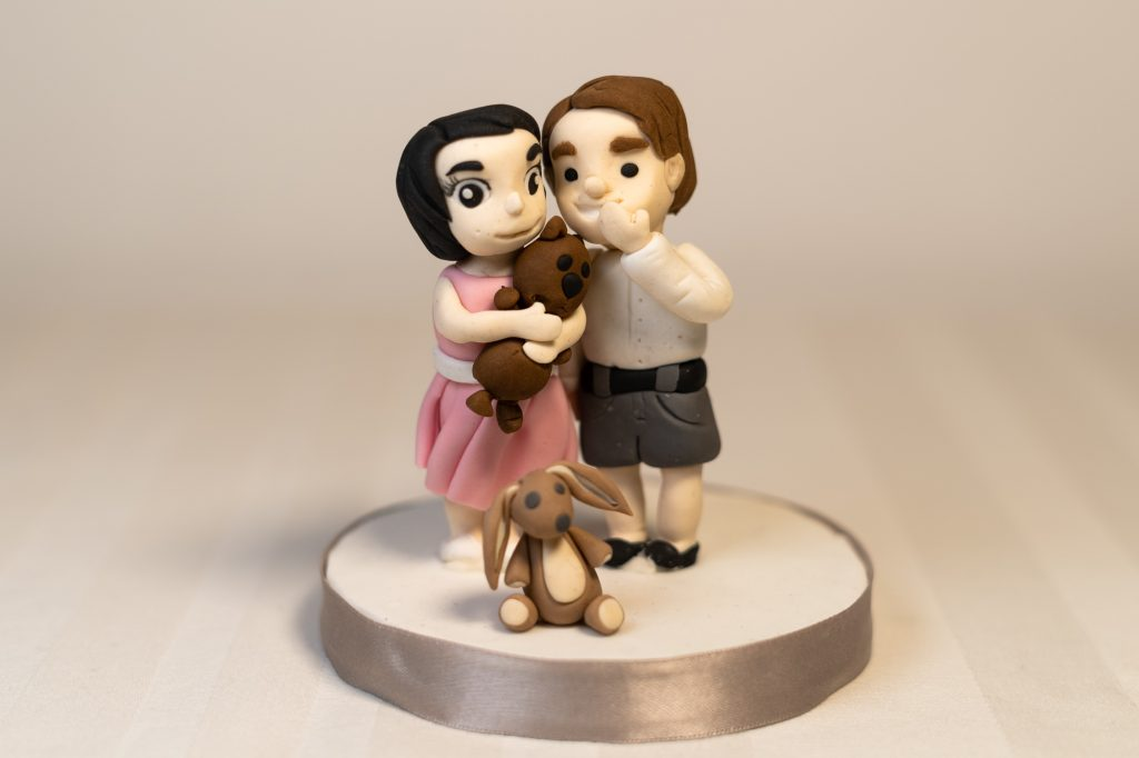Wedding cake topper children