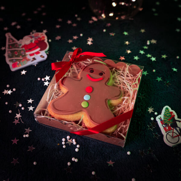 Single gingerbread man cookie gift