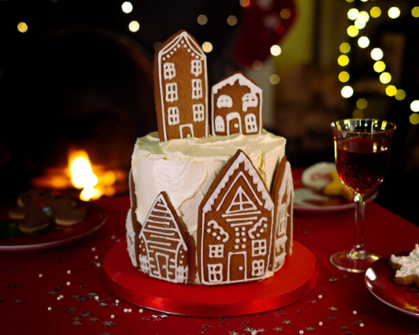 Village of Gingerbread houses cake - Gingerbread village Christmas cake - Gabi Bakes Cakes