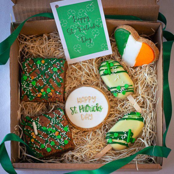 Leprechaun Mixed Treat - Leprechaun Mixed Treat Box: (postable) - Gabi Bakes Cakes