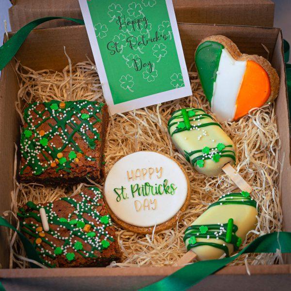 Leprechaun Mixed Treat Box alt - Leprechaun Mixed Treat Box: (postable) - Gabi Bakes Cakes